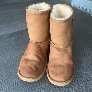 UGG boots, tan, women's size 6